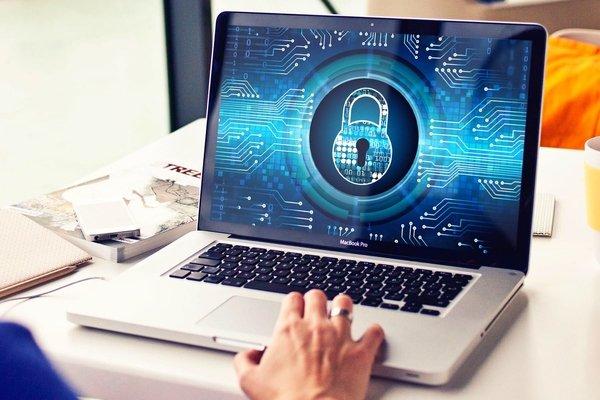 Роскомнадзор заблокировал 500 сайтов, нарушивших закон о персональных данных