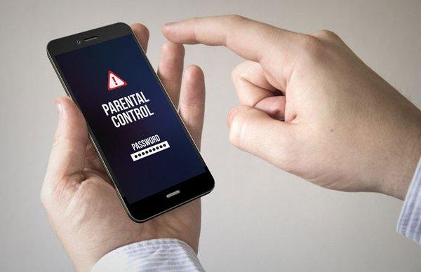 Как установить родительский контроль на смартфоне?