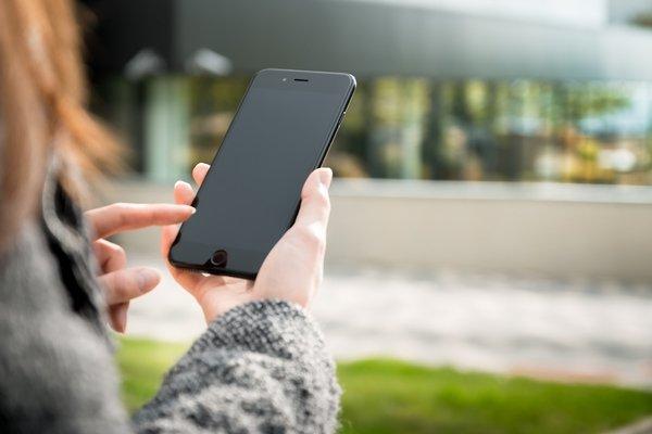 Власти обяжут производителей смартфонов предустанавливать российские приложения