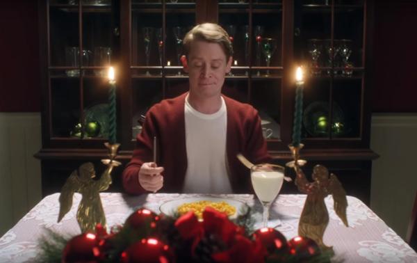 Google сняла рекламу в стиле «Один дома»