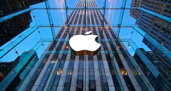 Российские власти отправили Apple более 600 запросов за полгода