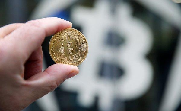 Биткоин лопнул: к чему привело увлечение криптовалютой?