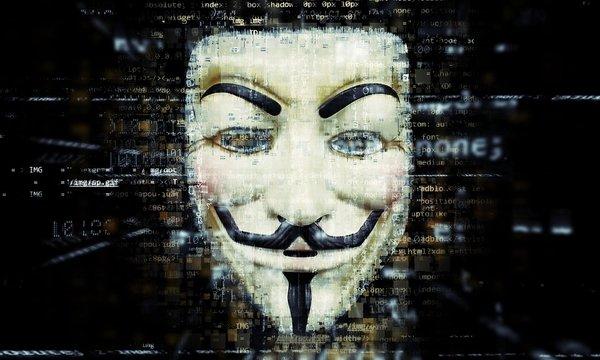 «ВКонтакте» ввела анонимные публикации в честь ночи Гая Фокса