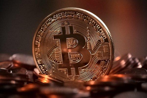 Криптовалюта. Часть 1: деньги будущего или мыльный пузырь?