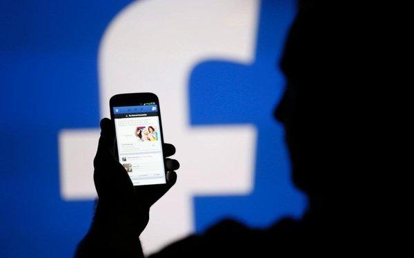 Роскомнадзор проверит Facebook в 2018 году