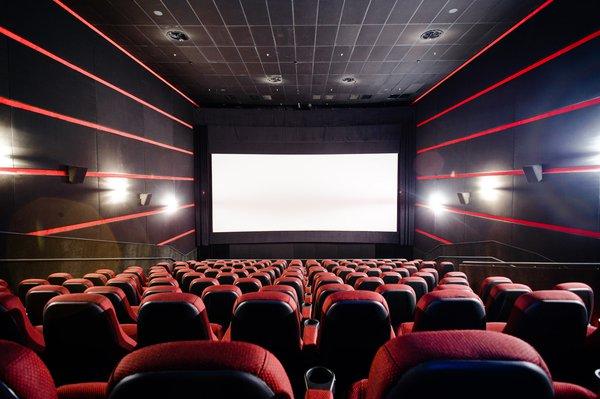 «КиноПоиск» запустил платный онлайн-кинотеатр