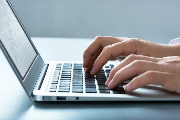 ВЦИОМ: 65% россиян ежедневно используют интернет