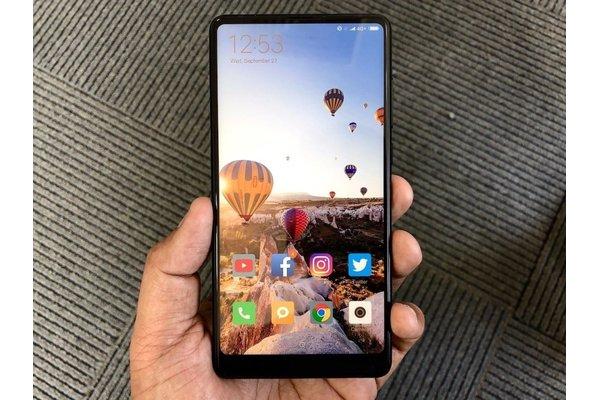 Смартфоны Xiaomi стали самыми популярными в России