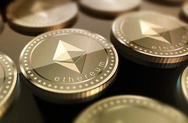Криптовалюта Ethereum достигла исторического максимума в 1000$